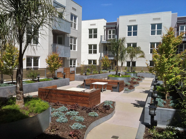 carroll street station residential courtyards san On residential courtyard design