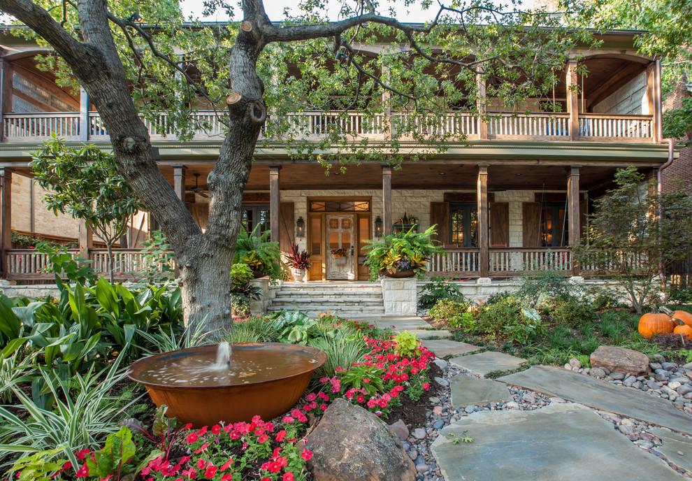 Design ideas for a rustic landscaping in Dallas.