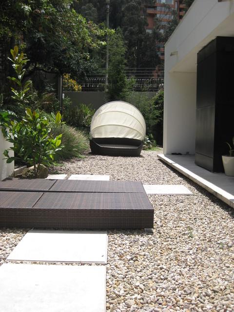 casa Refugio modern-landscape