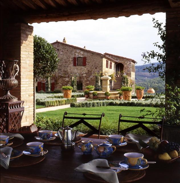 Castello di reschio belvedere mediterraneo giardino for Giardino 54 nyc