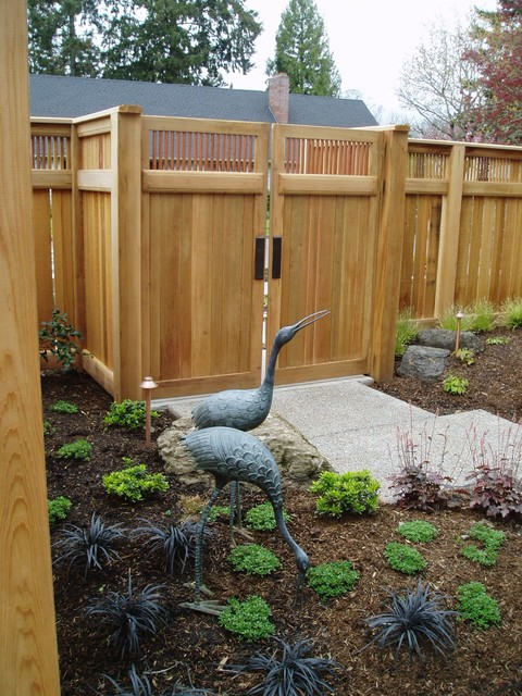 Cedar Fence & Gate with copper pipe - Traditional
