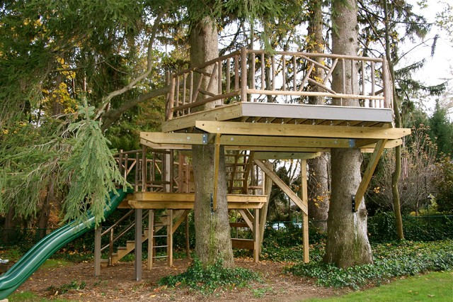 Backyard Treehouse Builders : Cedar Treehouse  Traditional  Landscape  new york  by Backyard