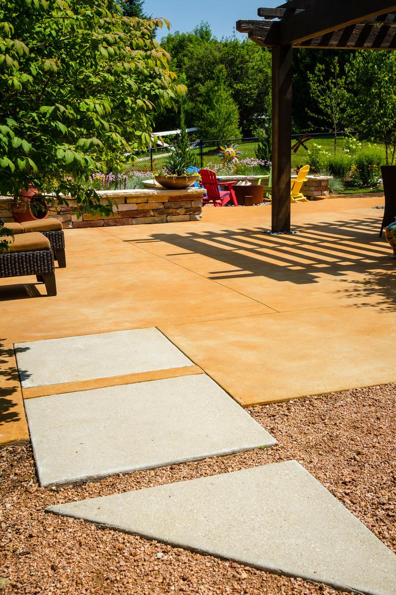 Southwestern Colored Concrete Patio - Cedarburg