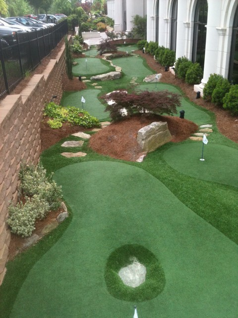 Championship Putting Course