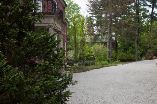 Chestnut Hill Residence traditional-landscape