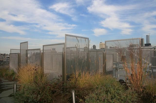 Chicago Rooftop Garden: Designer Wire Mesh modern-deck