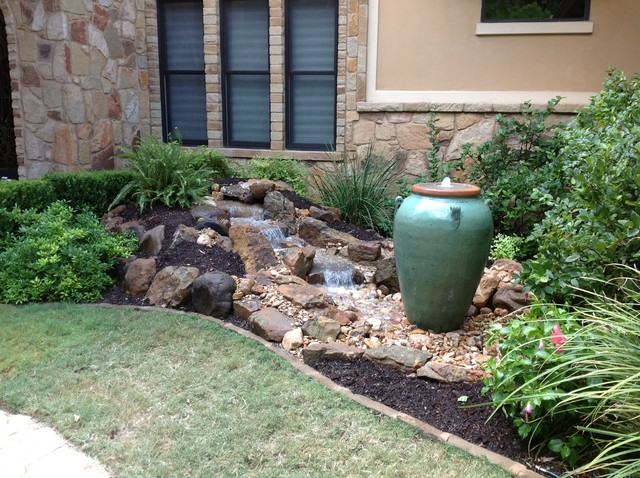 Christa S Front Yard Waterfall And Bubbling Urn Water Feature