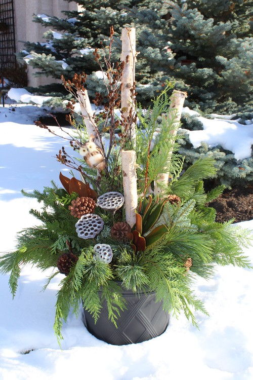 gorgeous christmas urn - Birch Christmas Decorations
