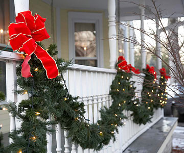 Christmas Decorations and Outdoor Lights
