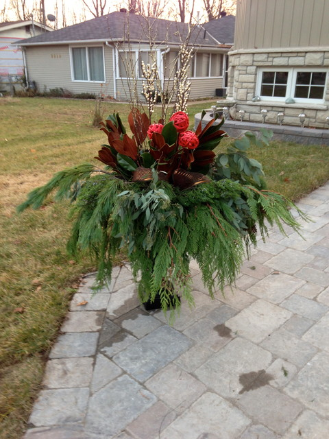 Christmas Urns - traditional - landscape - toronto - by New Leaf Decor