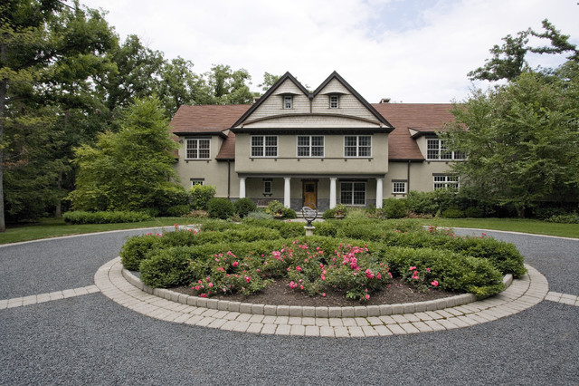 Circular Driveway Front Yard Entrance Lake Bluff Il Traditional Garden Chicago By Schmechtig Landscapes Houzz Au
