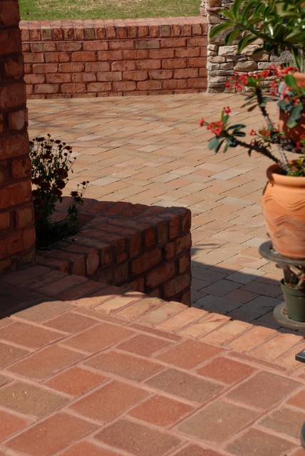 CityCobble Rumbled Clay Pavers traditional-landscape