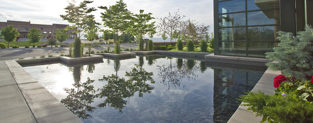 Clyde Company Headquarters Project modern-landscape