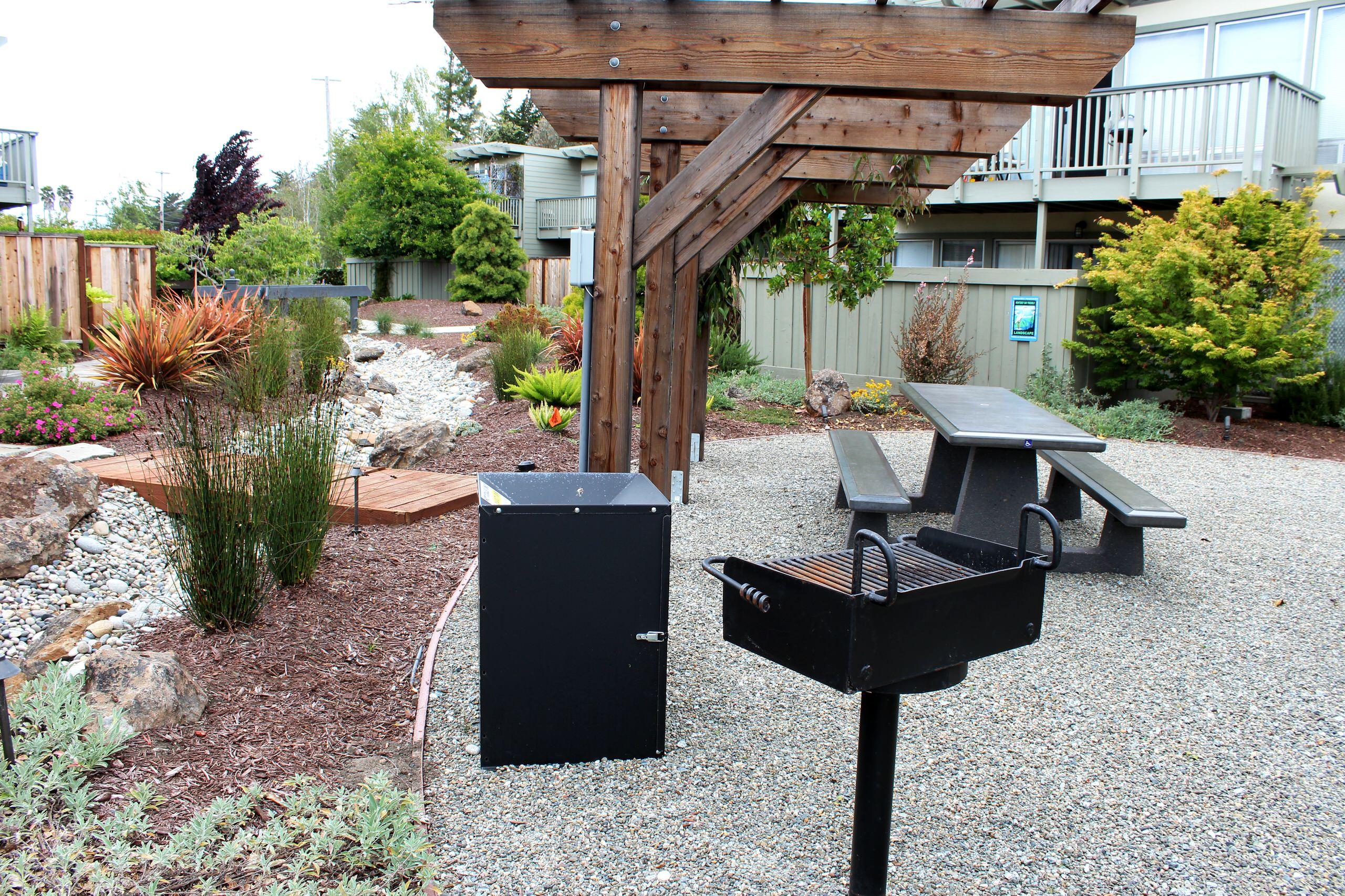 Community Gathering Multi-Family Garden