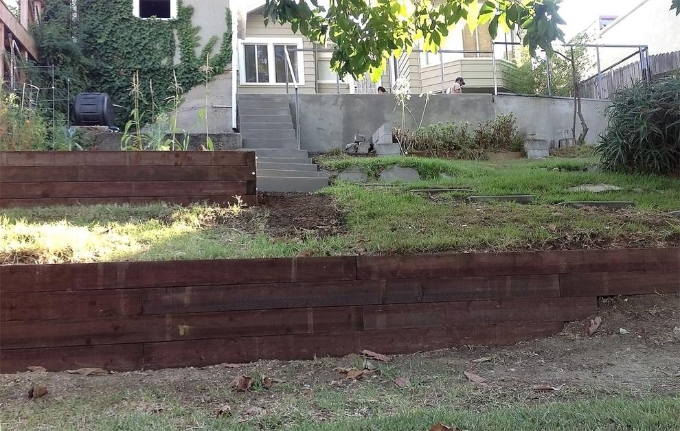 Concrete Patio Wall Steps Railroad Tie Retaining Walls Traditional Landscape Los Angeles By Flores Artscape