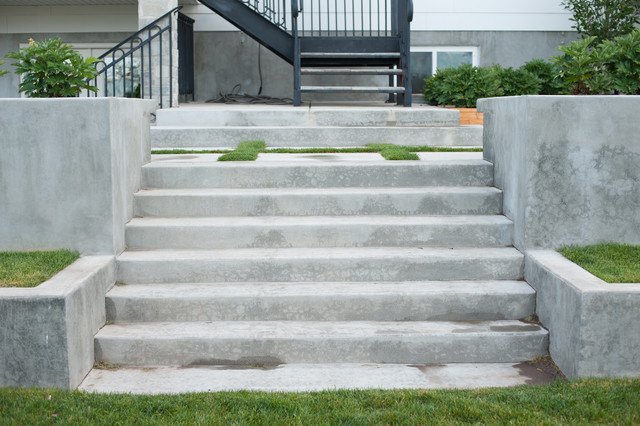 Delightful Concrete Stairs Traditional Landscape