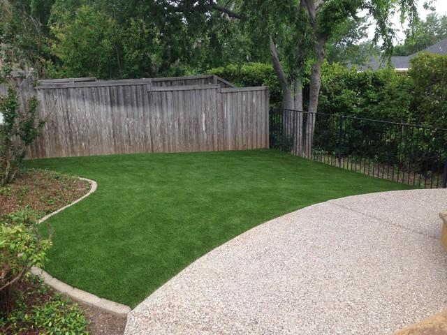 Design ideas for a landscaping in Dallas.