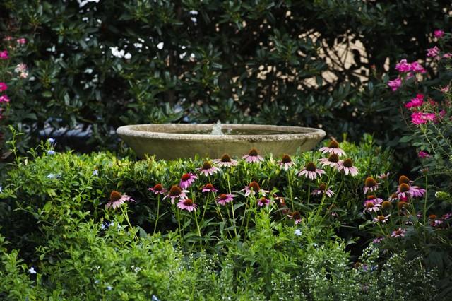 Contemporary Cottage Garden Stone Fountain Bowl