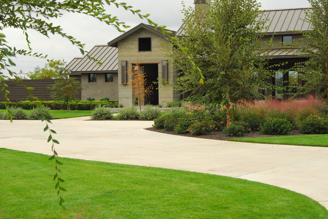 Contemporary Farmhouse Landscape