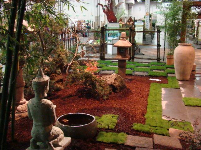 Contemporary japanese tea house garden 2 asian for Japanese tea garden design ideas