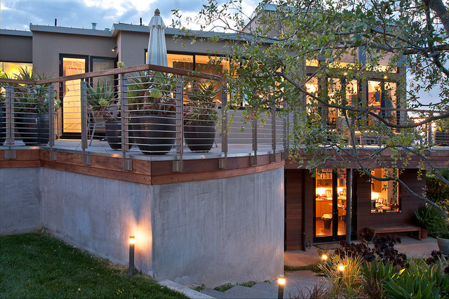 Rear Terrace modern landscape