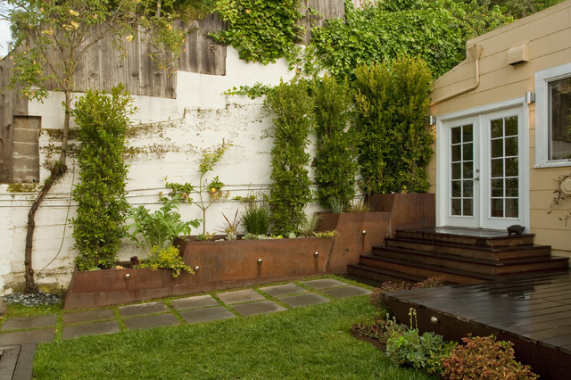 Garden Oasis in the City contemporary-landscape