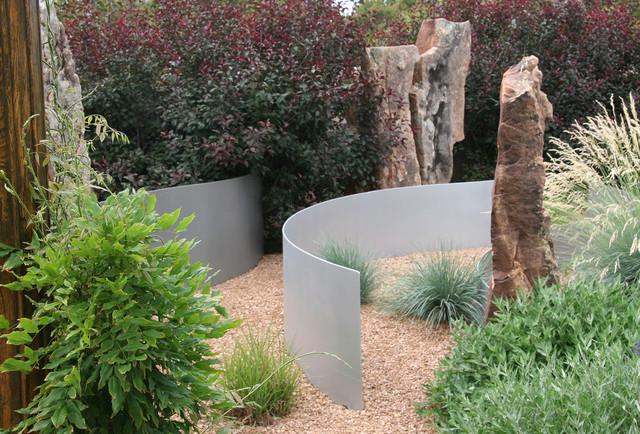 contemporary sculpture garden contemporain jardin albuquerque par clemens associates inc. Black Bedroom Furniture Sets. Home Design Ideas