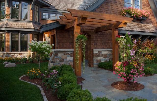 Cottage Style Meets Modern Living Rustic Landscape