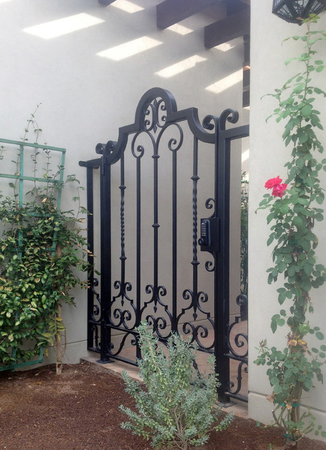 Courtyard Gates Traditional Landscape Phoenix By