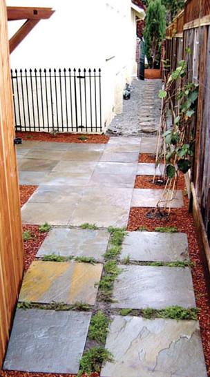 Courtyard with Repurposed Fence Trellis