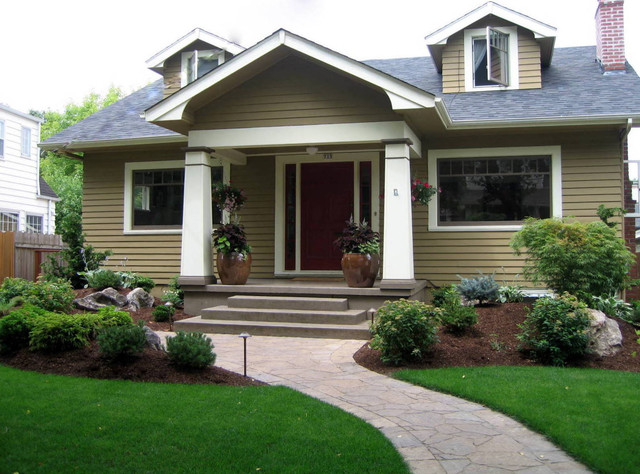Craftsman curb appeal craftsman landscape portland for Curb appeal garden designs