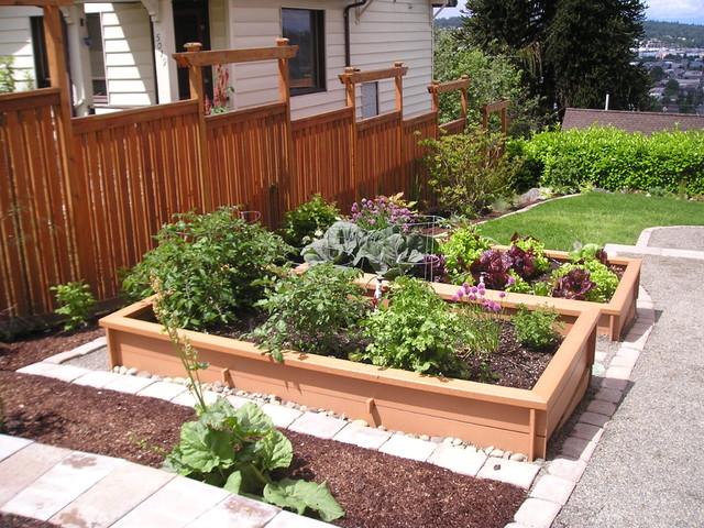 Craftsman Edible And Pollinator Garden Traditional
