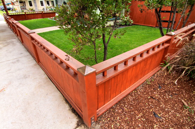 Craftsman Fence Traditional Landscape Los Angeles