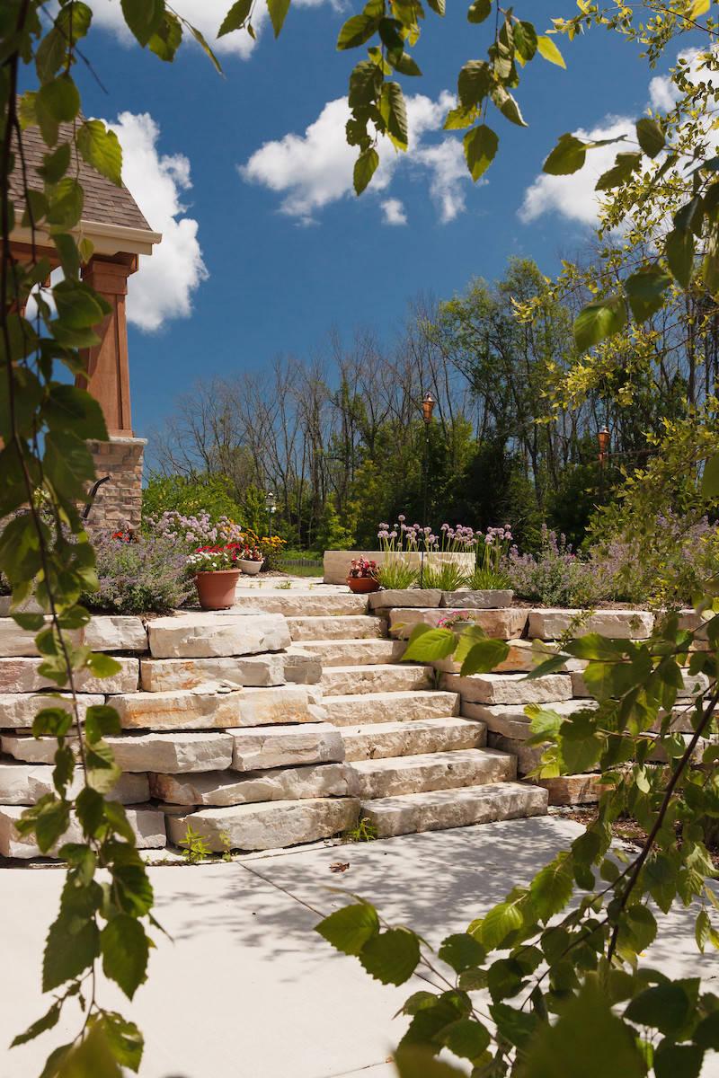 Craftsman Retaining Wall & Steps - Grafton