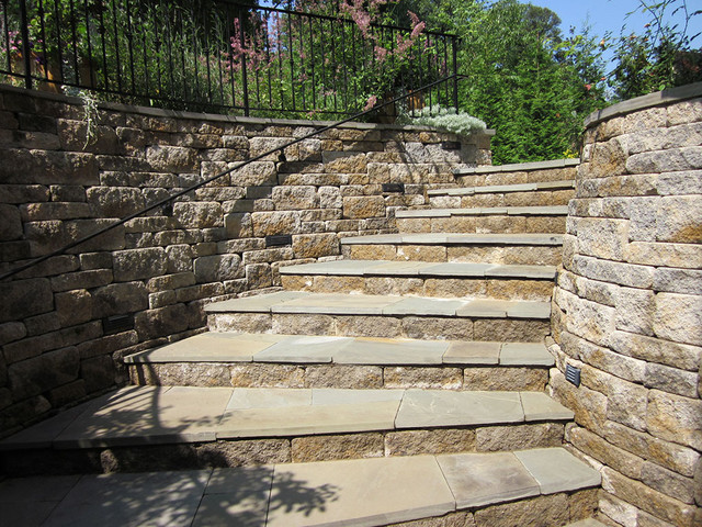 Exterior Retaining Walls : Creative outdoor stairs options using allan block