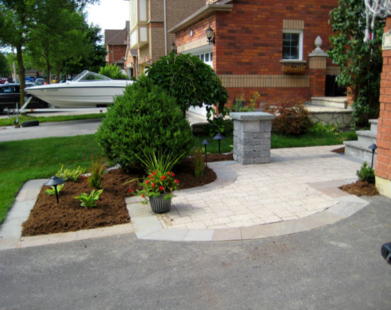 Curb Appeal traditional-landscape