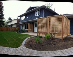 Custom Decks & fences traditional-landscape