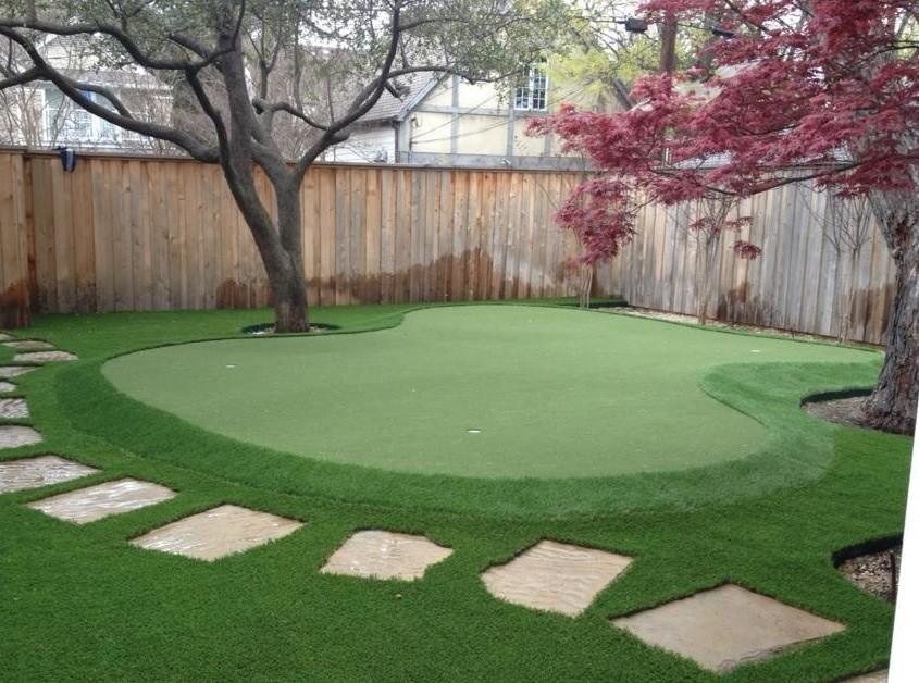 Dallas Backyard Putting Green - Traditional - Landscape ... on Backyard Putting Green Designs id=23362