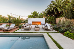 Yard of the Week: New Pool, Grill Area and Stylish Lounge