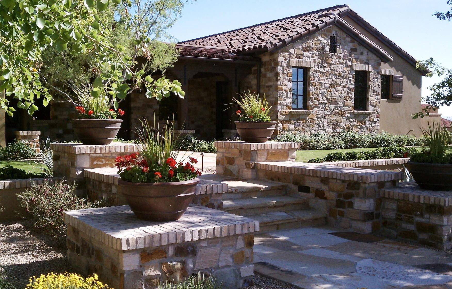 DC Ranch Arcadia--Decorative Pots