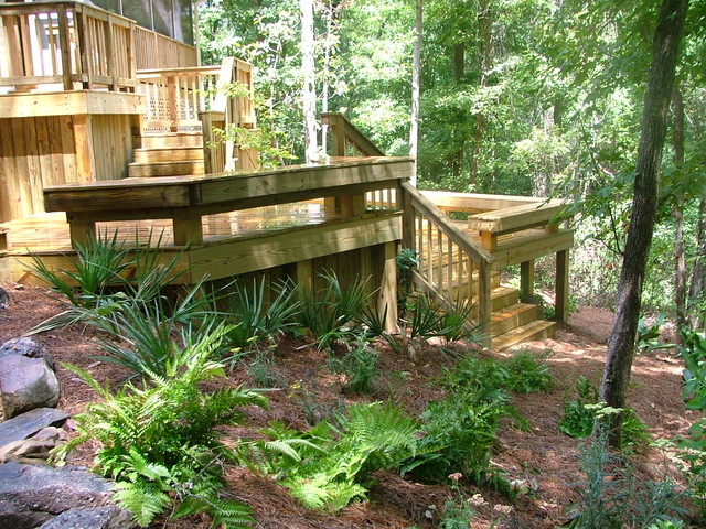DECK AND PATIO PROJECT contemporary-landscape