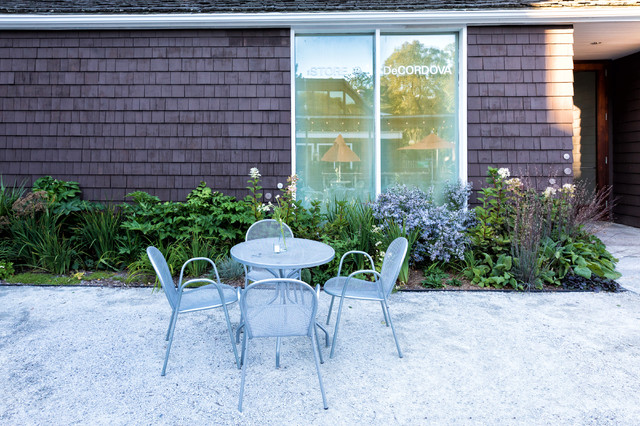 This is an example of a contemporary landscaping in Boston.
