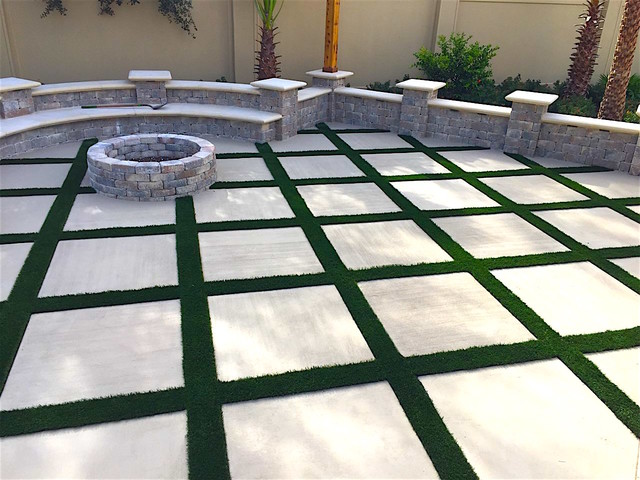 Dellagio synthetic turf at Fire Pit area - Tropical ...