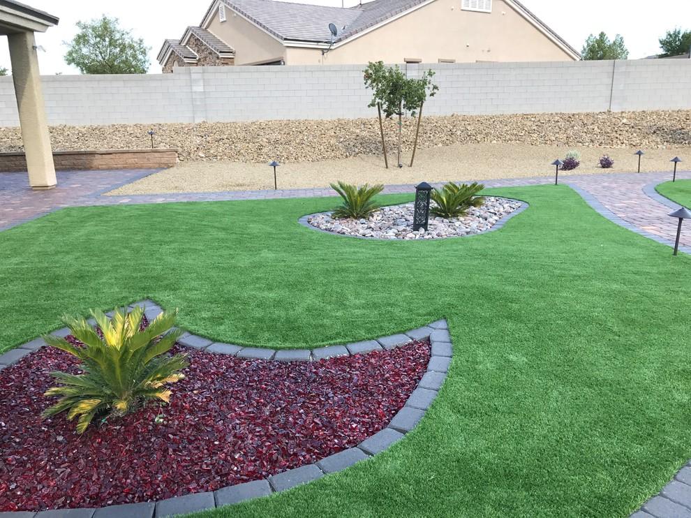 Desai Residence - Contemporary - Landscape - Las Vegas ...