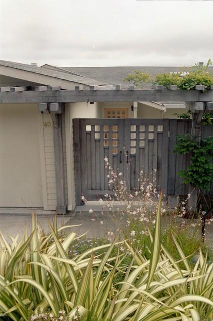 Double Entry Gates contemporary-landscape
