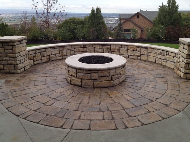 Draper Heights Project traditional-landscape