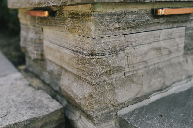Dry Stone Pillar : Dry stacked natural stone pillars contemporary