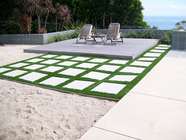 EasyTurf with Paver Stones - Modern - Landscape - other metro - by ...