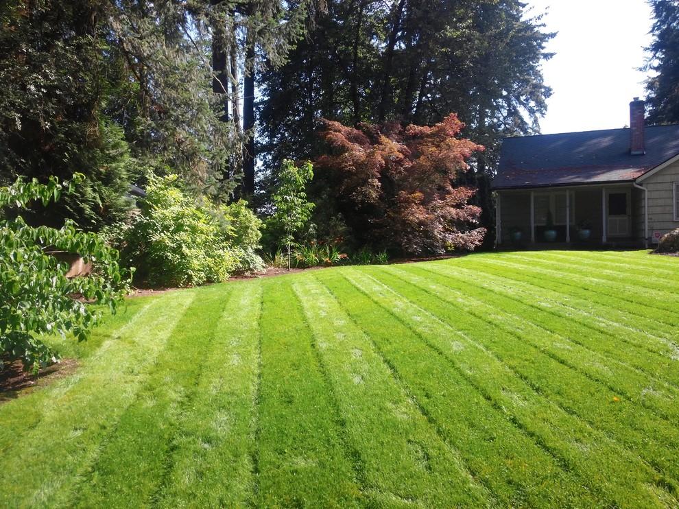 Design ideas for a huge landscaping in Portland.