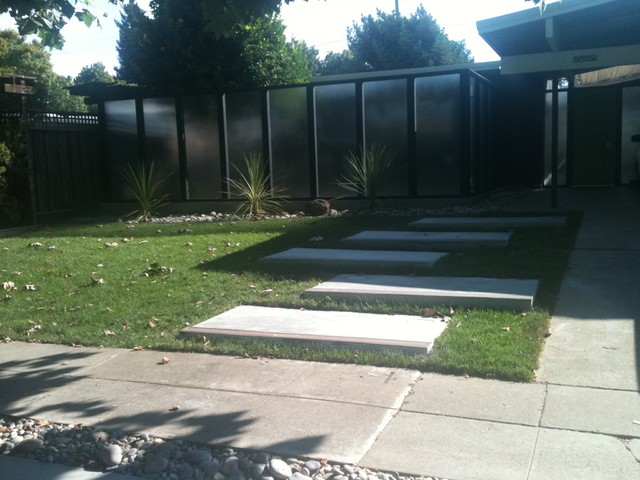 Eichler front yard modern-landscape